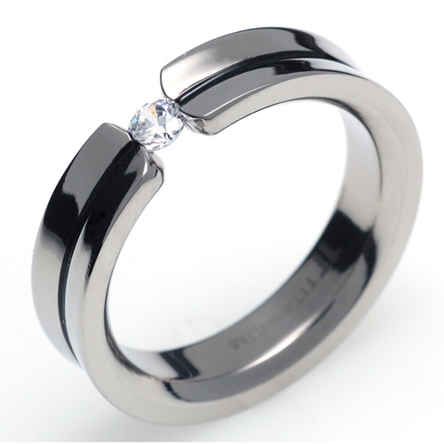 TQ-205 DIA - TATIAS, Titanium Ring set with Diamonds