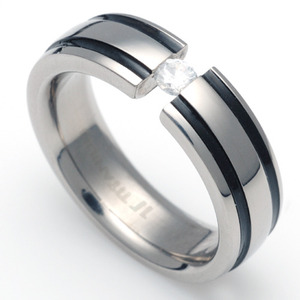 TW-031 DIA - TATIAS, Titanium Ring set with Diamonds